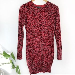 DOROTHY PERKINS• red leopard sweater dress
